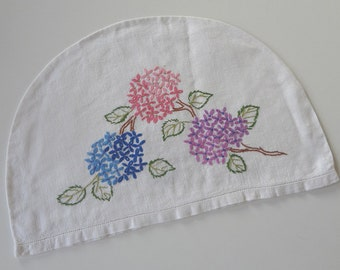 Vintage Tea Cozy Hydranges Flowers Multicolored Hand Embroidered Cosy on Natural Linen - EnglishPreserves