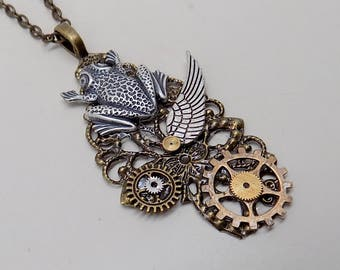 Steampunk jewelry. Steampunk frog necklace pendant.