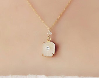 Vintage Frosted Glass and Rhinestone Gold Pendant Necklace