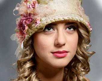 Stunning vintage style cloche hat for women- only 1 pcs available