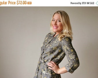 25% OFF SALE 1950s Gray Shimmer Dress >>> Size Small to Medium