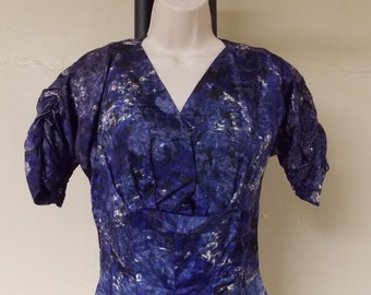 Vintage 50s GiGi Young Originals flared dress abstract purples low v front