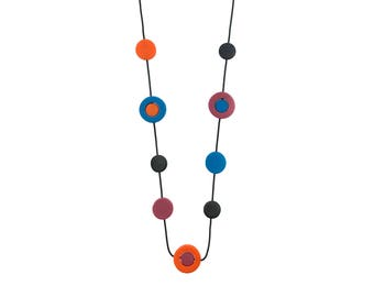 flame orange and Niagara blue necklace,  pantone colors,  spring fashion, jewellery designed by Frank Ideas