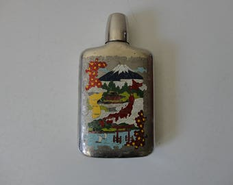 VINTAGE wwii souvenir FLASK from JAPAN