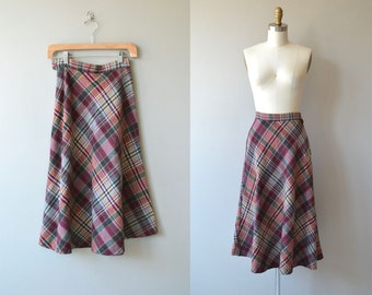 Berry Compote skirt | vintage 1970s skirt | plaid wool 70s skirt
