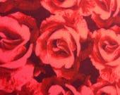 RaToob, Roses sont rouges sur fond marron