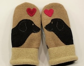 Mittens Recycled Sweater Wool Mittens Labrador RetrieverBeige and Black Applique Leather Palm Fleece Lining Eco Friendly Size M