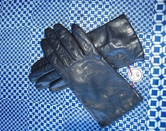Leather Gloves Navy Blue Leather Gloves Cashmere Lined Leather Gloves Soft Leather Gloves Woman's Leather Gloves Never been Worn Size 6 1/2