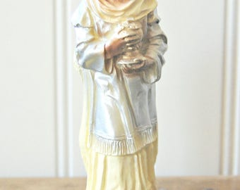 Vintage Chalkware Wiseman Nativity Scene Religious Christmas figurine