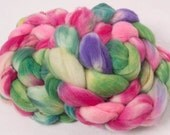 Hand painted  Super washed Merino/nylon, hand dyed fiber,fibre, roving 100g spinning wool SW Merino, ,colour Sweetpea