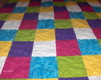 Quilted Baby Toddler Quilt / Handmade / Cotton quilt / Patchwork / Primary Color