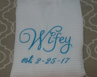Bride's Robe Personalized Waffle robe Wifey robe with date. Bridal gift, Monogrammed robe you choose. Lots of colors.