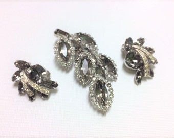 Vintage Weiss Smoky Brooch and Earrings