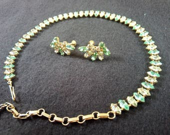 1950s Sea Green Necklace and Ear Screw Set