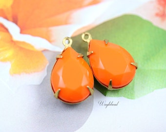 Tangerine Orange 15x11mm Vintage Pear Shaped Set Stones Teardrop Charms Closed Back Brass Prong Settings - 2