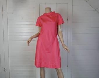 Futuristic Mod Dress in Hot Pink- 1960s / 60s Coral Mini- Small