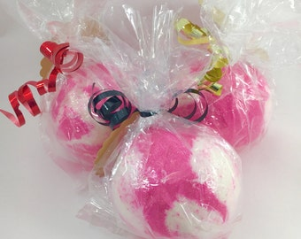 KIDS ?MYSTERY TOY? Bath Bomb, Toy Gift Inside, Berries & Citrus Scent, 6.3oz