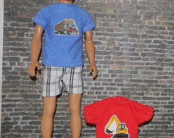 K3PC-22) Ken doll clothes, 2 printed T shirts and 1 shorts