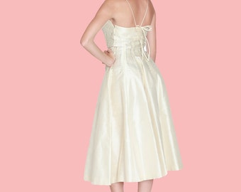 Vintage 1950's Pinup Dress / 50s Ivory Wedding Dress / Small