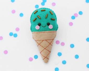 Mint Choc Chip Ice Cream Felt Brooch, Green, Kawaii