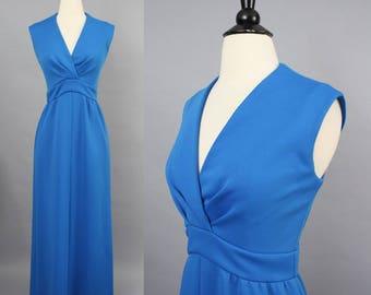vintage 70s Maxi Dress / 1970s Cerulean Azure Blue Sleeveless Empire Waist Knit Dress / Leslie Fay Knits / Medium