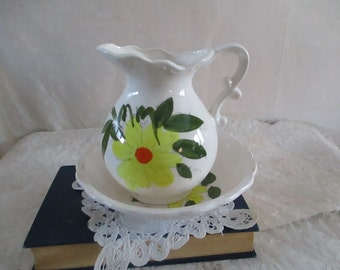 Pitcher basin Yellow Flower on White Ceramic Japan