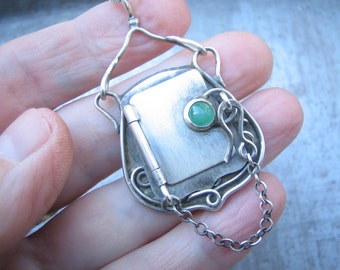 Emerald Cabochon Locket, Hand Fabricated One Of A Kind Art Nouveau Sterling Silver holds Photo Hand Crafted