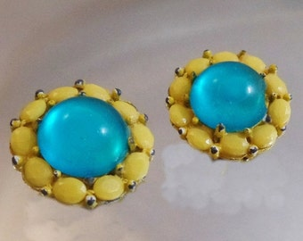 CHRISTMAS SALE Vintage Aqua Blue Yellow Earrings.  Turquoise Cabochon Yellow Rhinestone Earrings.