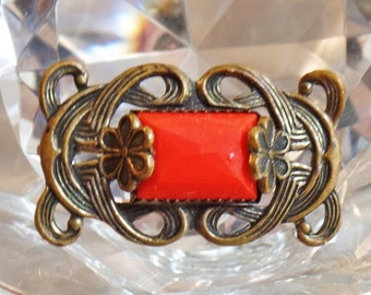 CHRISTMAS SALE Vintage Art Deco Brooch. 1930s Bar Pin.  Fire Engine Red Art Glass Pin.
