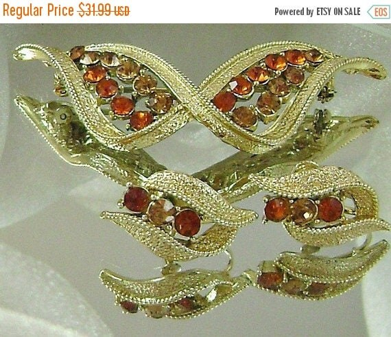 SALE Vintage Coro Amber Glass Rhinestone Vintage Brooch and Earrings Set