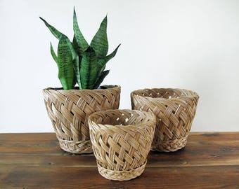 Set of 3 Vintage Nesting Wicker Baskets Woven Planters