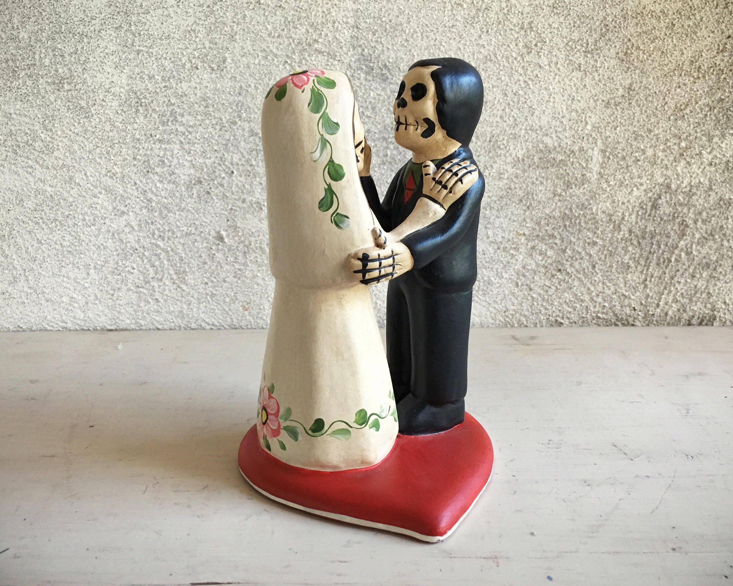 Day Of The Dead Wedding Gifts: Vintage Mexican Folk Art Day Of The Dead Wedding Couple