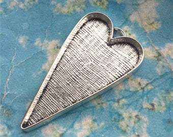 Epacket shipping--Sale 15pcs 52x30mm antiqued silver heart shape bezel trays charms/pendants---good quality(fit 29x26mm cabochons)