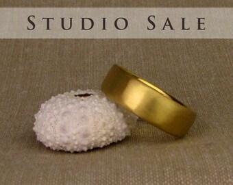 STUDIO SALE: Ready-to-Wear 22K Classic Wedding Band (size 10)