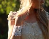 vintage Irish lace crochet cuff, delicate lace cuff, textile bracelet, fiber art cuff, white lace cuff