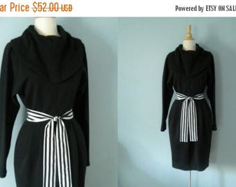 SALE Vintage dress / black wool / Black cowl neck dress
