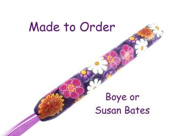 Crochet Hook,  Susan Bates or Boye Polymer Clay Covered Crochet hook, Flower Design