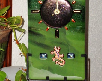 Fused Glass Table/Wall Clock - Green/Gecko