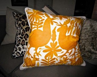PUMPKIN ORANGE Hand Embroidered Otomi Pillow Cover 20 x 20 FAB!