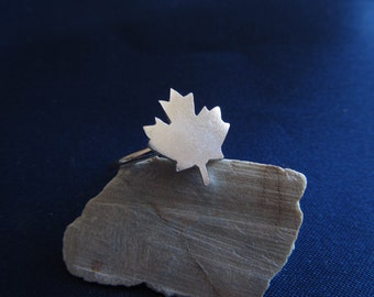 maple ring in sterling silver