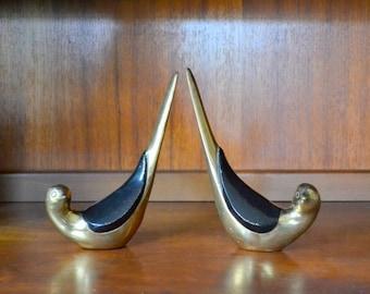 vintage brass love bird figurines / vintage brass accent home decor / metal bird