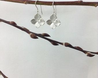 Silver hydrangea flower earrings