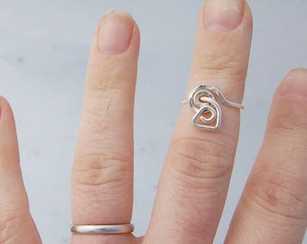 Sterling silver wire ring simple geometric spiral design ring