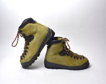 Vintage Sportiva Hiking Boots, Walking On The Moon , Men's Size 45 1/2 B
