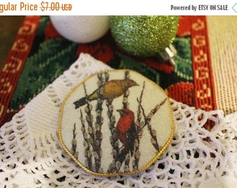 30% OFF SALE Vintage Christmas Pin Brooch Birds Snow Holiday Gold Tone Retro