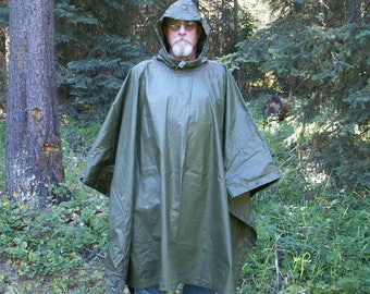 US Army Rain Poncho 1984 Military Surplus Multipurpose Rain Gear Ground Cover Blanket Tent Lean-To