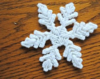 Plastic Canvas Snowflake Refrigerator Magnet