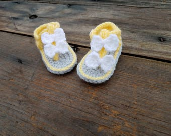 Custom Made,Baby Sandals,Crochet Sandals,Baby Shoes,Baby Booties,Photo Prop,Bow,Bow Sandals,Crochet baby Sandals,Baby Shower,Baby Gift,