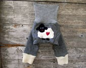 NEWBORN Upcycled Wool Longies Soaker Cover Diaper Cover With Added Doubler Gray /White With Baa Baa Sheep Applique NB 0-3M