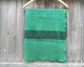 "100% Pure Wool  Puddle Pad Changing Mat Puddle Mat Travel Mat Crib Protector Grass Green/ Black  35"" X 23"""